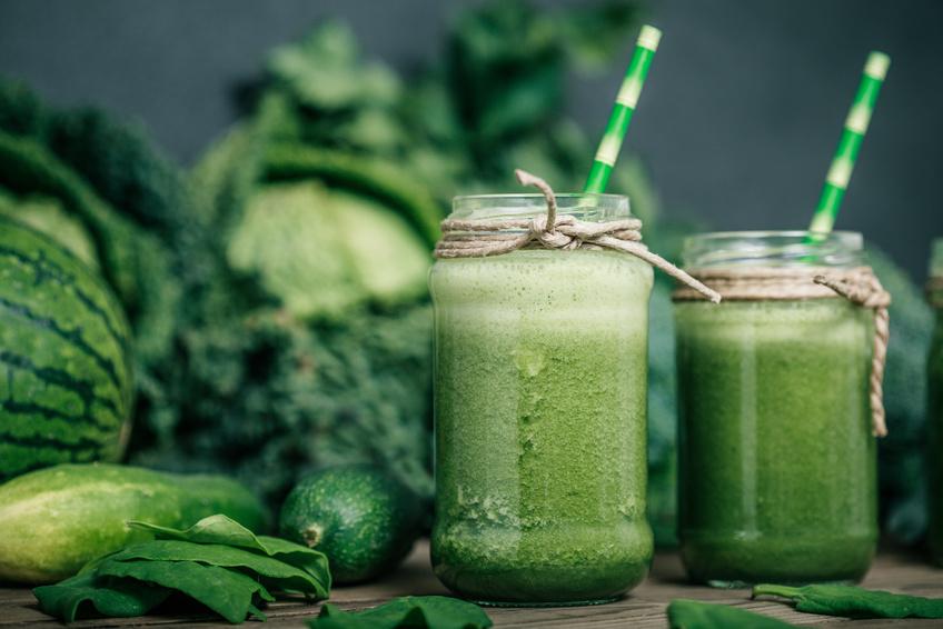 Grüne Smoothies: ideal zum Enschlacken